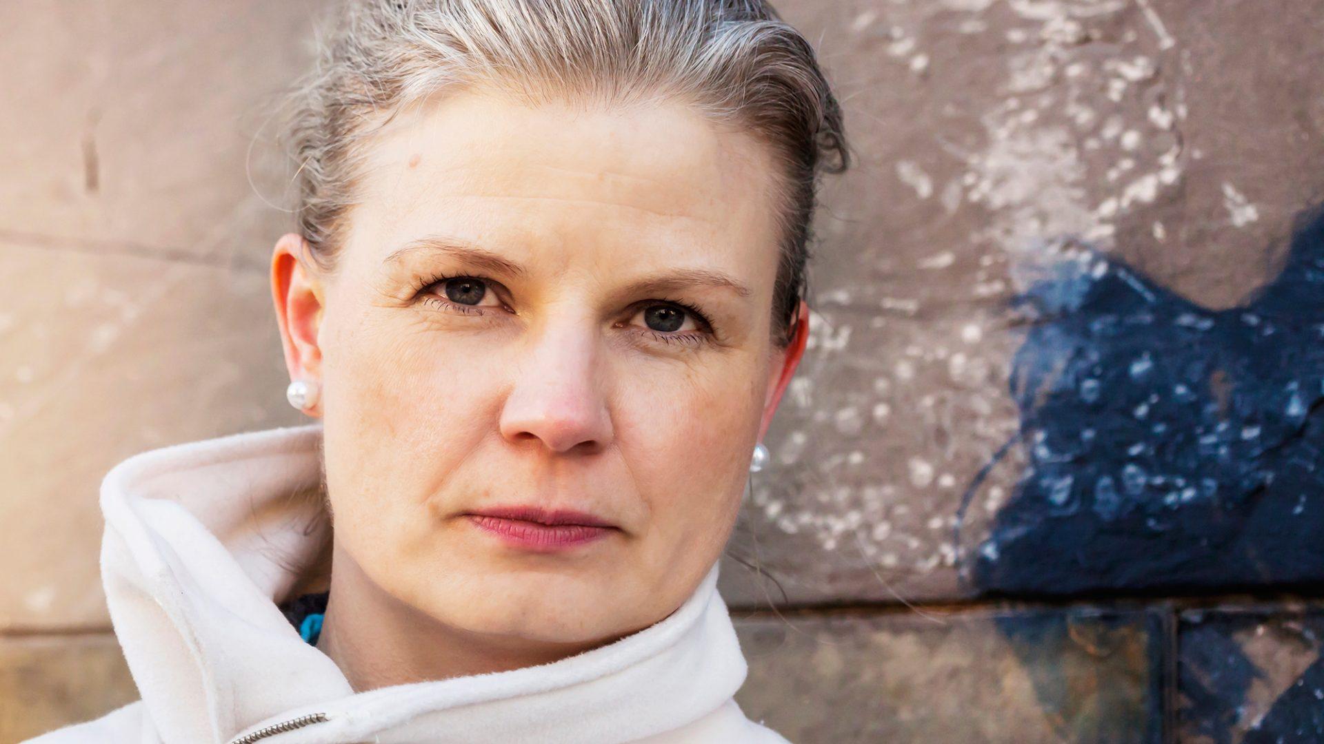 Lina Stoltz, författare & dramatiker