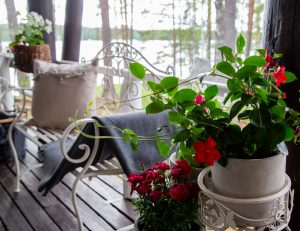 Kinkamon Aallossa design on keskiössä ja myös moderneihin kauniisiin yksityiskohtiin on panostettu.