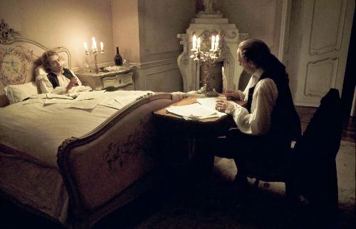 Salieri helpt bij de compositie van het Requiem van Mozart