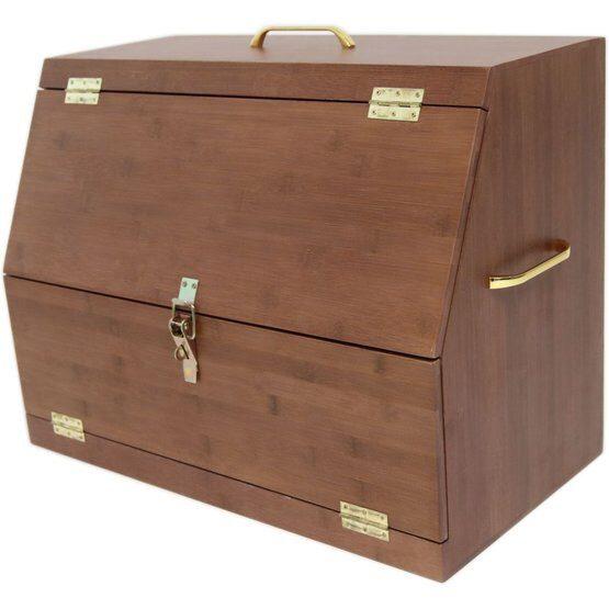 Grooming box