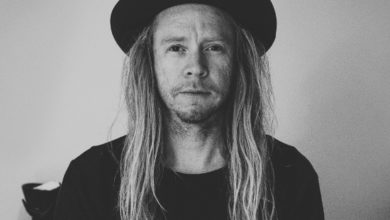 Photo of Stu Larsen – Phone Call From My Lover