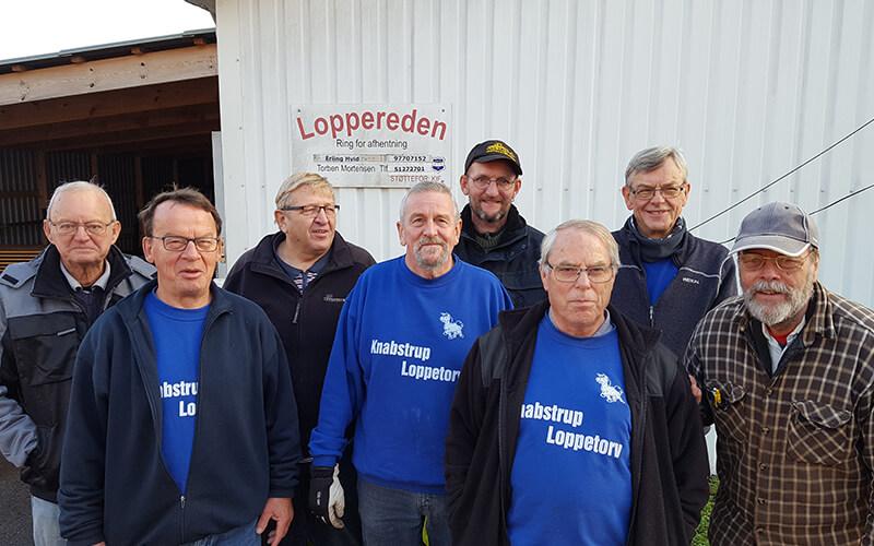 Genbrugsbutikken Loppereden teamet, mænd der hjælper en good sag