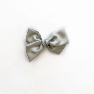 Chunky Knot // Silver Satin