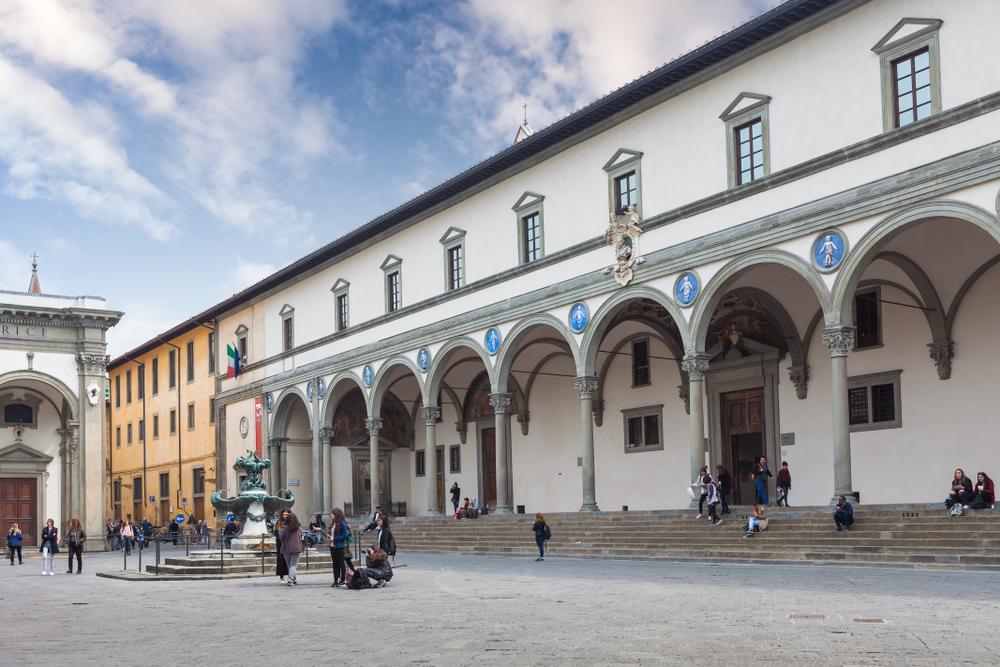 Brunelleschi Ospedale degli Innocenti, Piazza della Santissima Annunziata