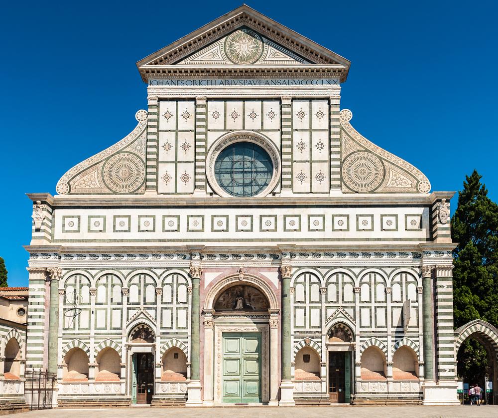 Voorgevel van de Santa Maria Novella-kerk in Florence door Leon Battista Alberti