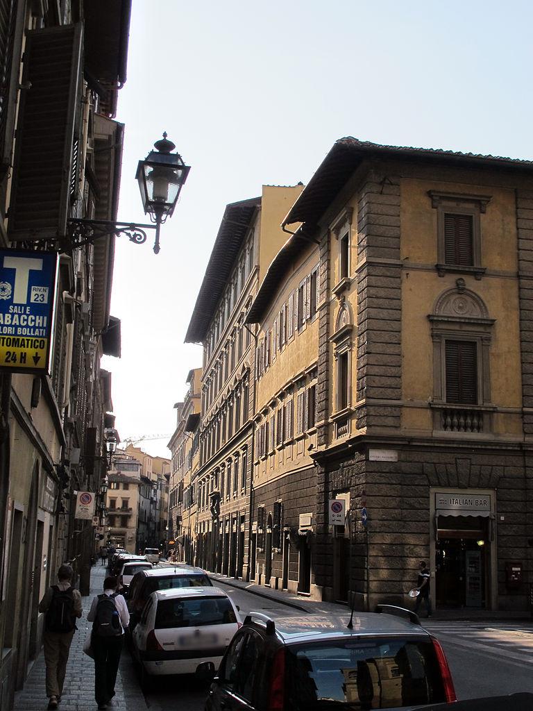Corner of Via Antonio Magliabecchi and Corso dei Tintori