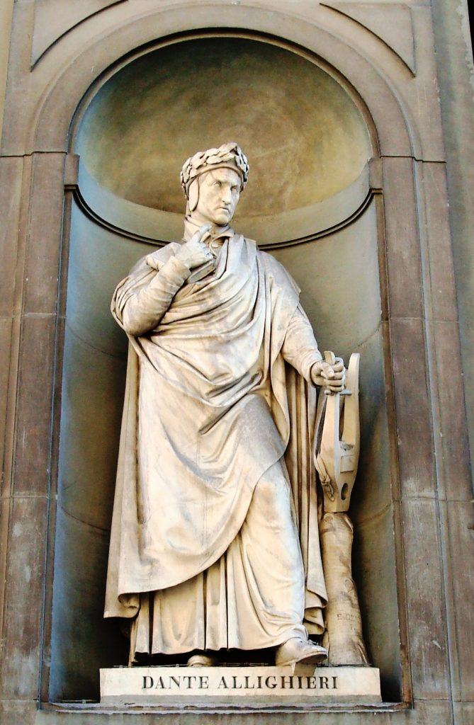 Standbeeld van Dante Aligieri in Florence (Firenze)