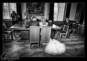 Modellen: Eline en Thijs - Visagist: Tamara Arts-Thiesen - Bruidskleding: De Bruidshoek - Bruidsboeket: Bloemsierkunst Lemkes - Fotograaf: Ellen Reus - Wolves fotografie - portretfotografie - bruidsfotografie