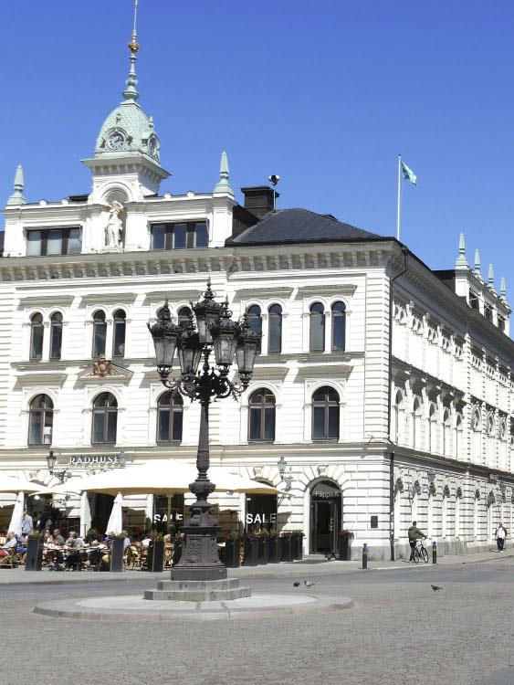 Komplett Mäkleri i Sverige AB