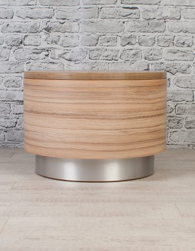 Drum table for hospitality