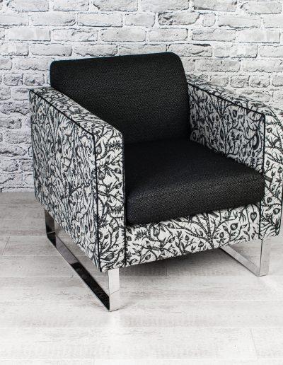 Isu lounge armchair
