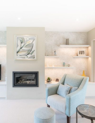 Renovation of a living room with modern fireplace - Koubou Interiors