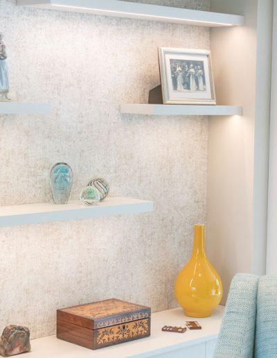 Bespoke shelves - Living room design