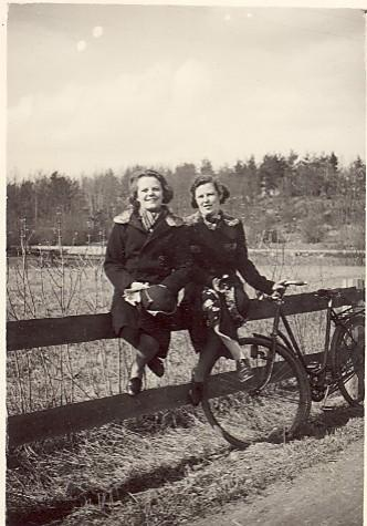 Systrarna Ingrid och Karin