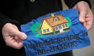 Tilbud på broderi af logo - her et prøvebroderi af Vestjydsk Stråtag.