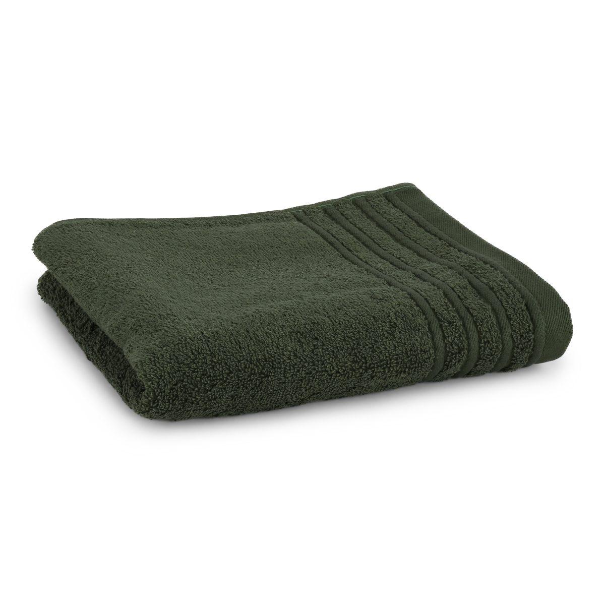 Håndklæde med broderet navn - mørk grøn