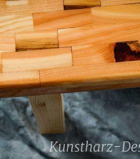 Sehr edler Esstisch aus Lärchenholz und einer tollen Holz Maserung