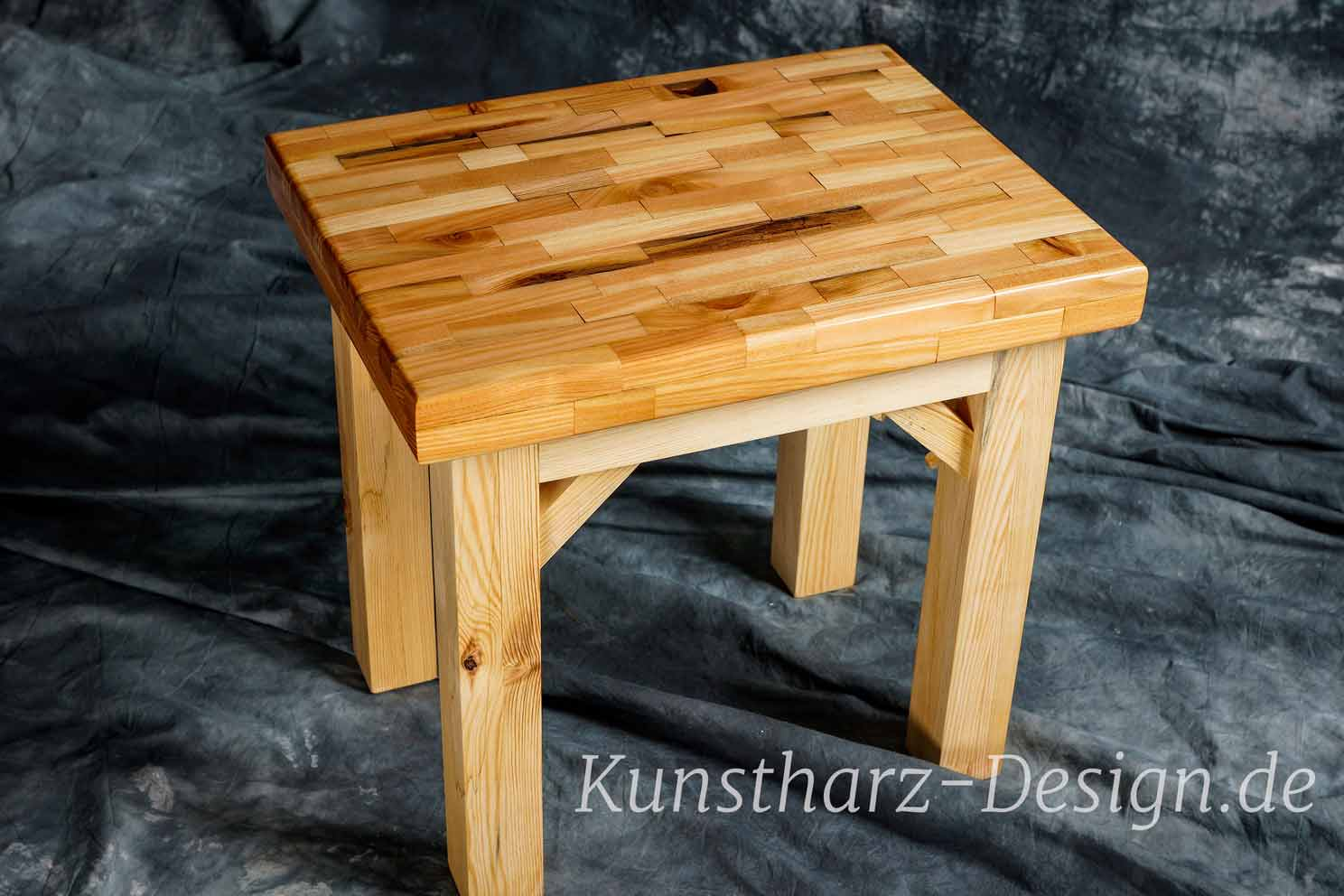 Tables And Furniture Made Of Epoxy Resin And Wood Unique Resin River Table