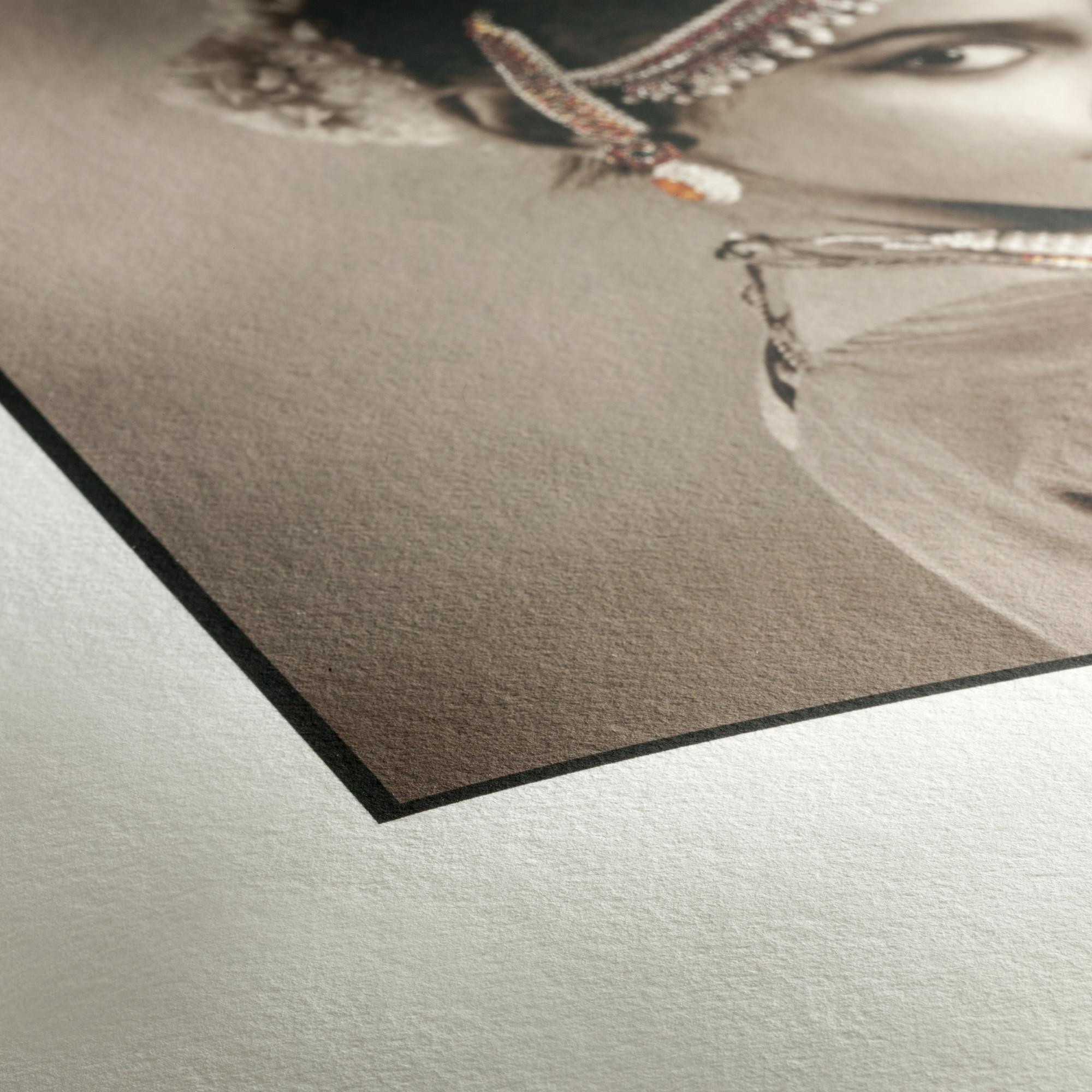 Hahnemühle Photo Rag 308. Papier mat 308 g/m². Utilisation pour exposition et conservation.