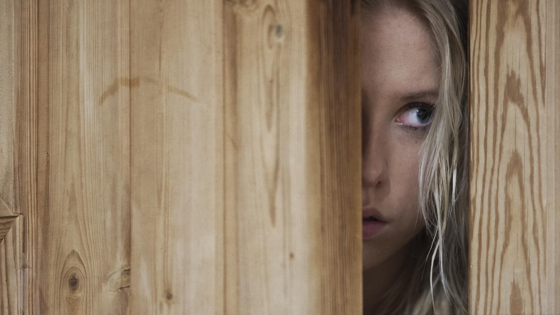 Louise dør_Clean - Lad De Døde Hvile (c) 2018 PURE FICTION FILM fotograf Sune Tølløse