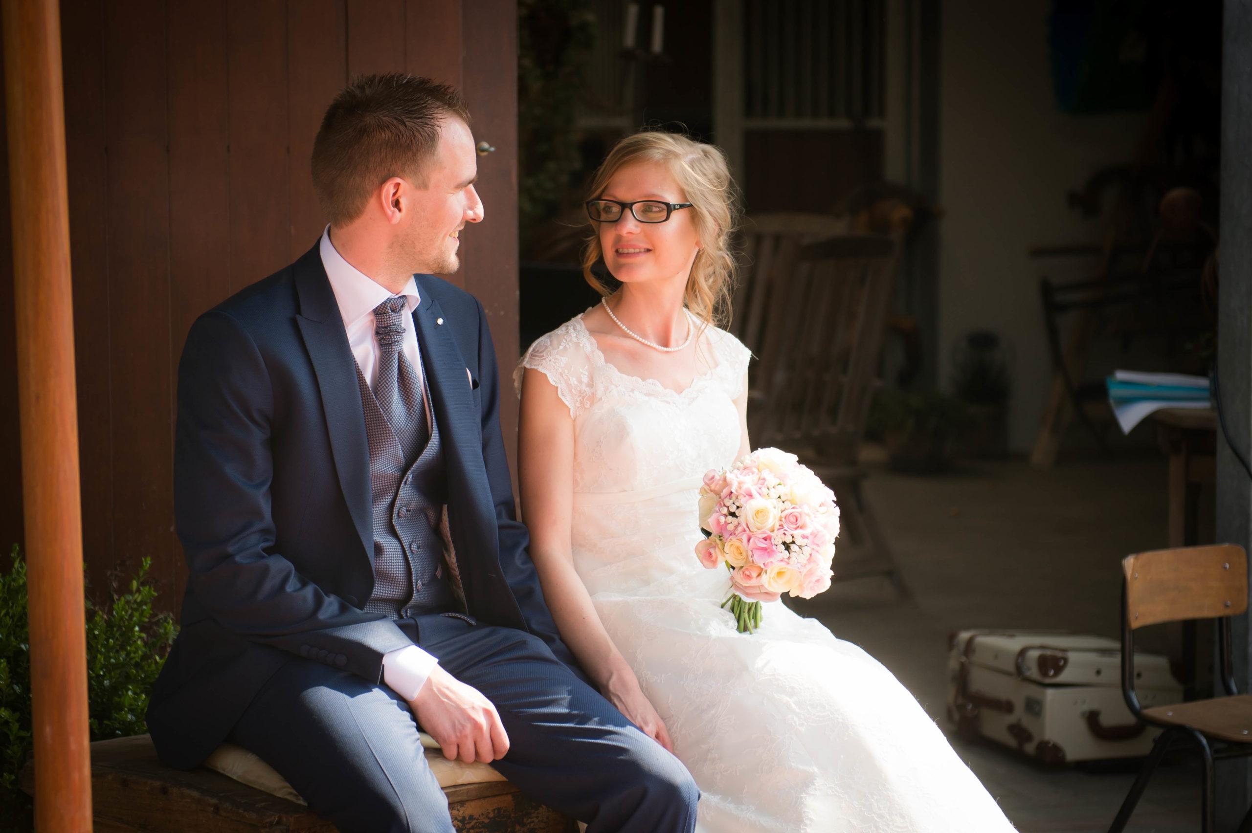 bruid bruidegom bruidsboeket huwelijk ceremonie