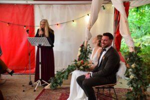 ceremoniespreker Sandra Lady Hill