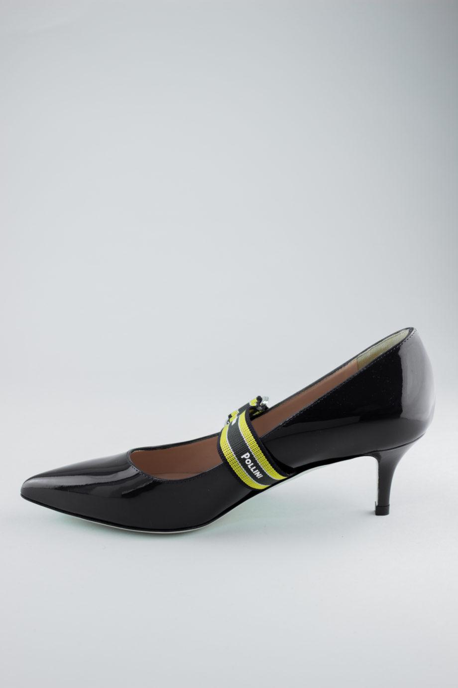 Pollini logo heels