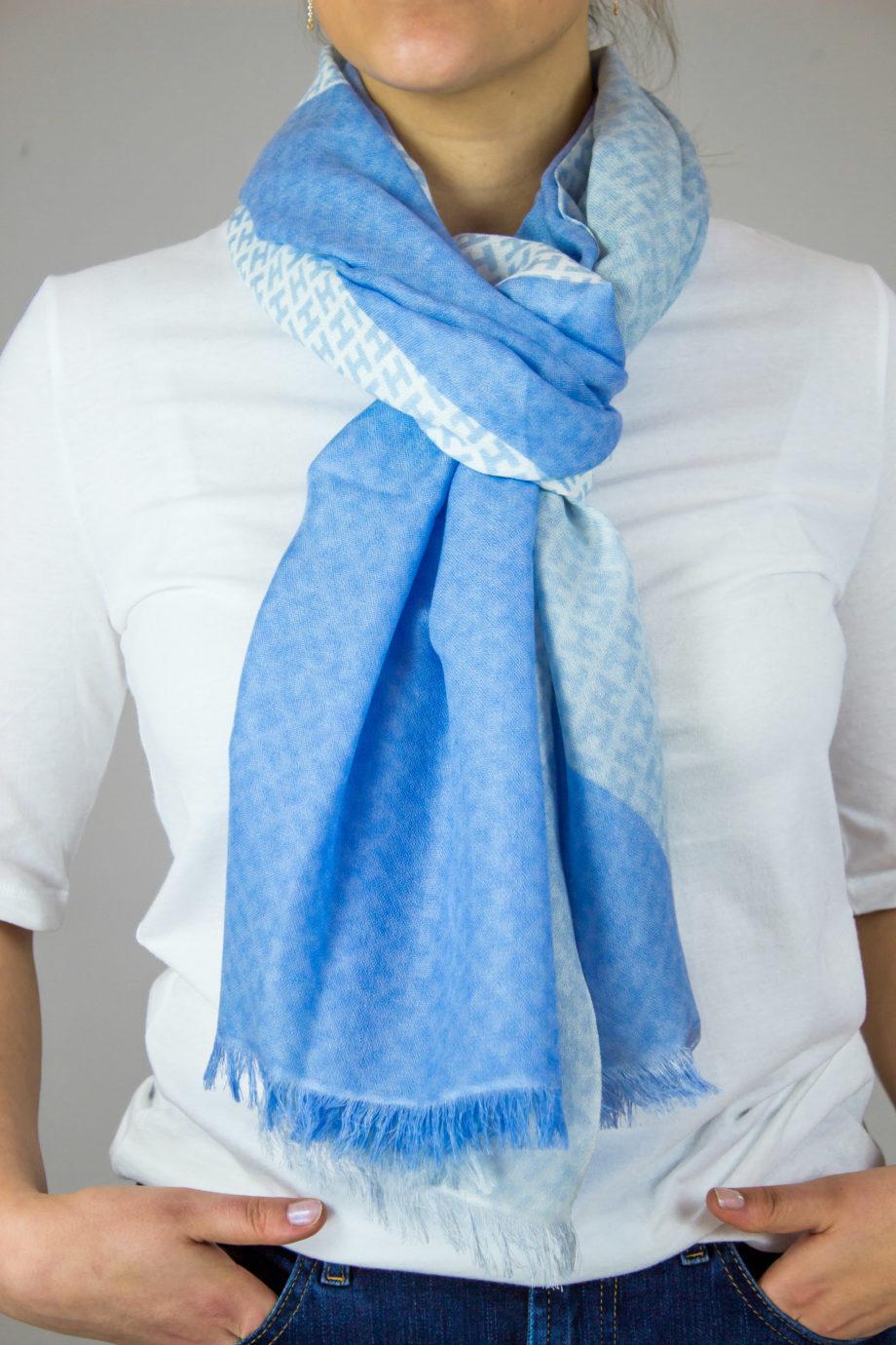 HEMISPHERE Light Blue scarf