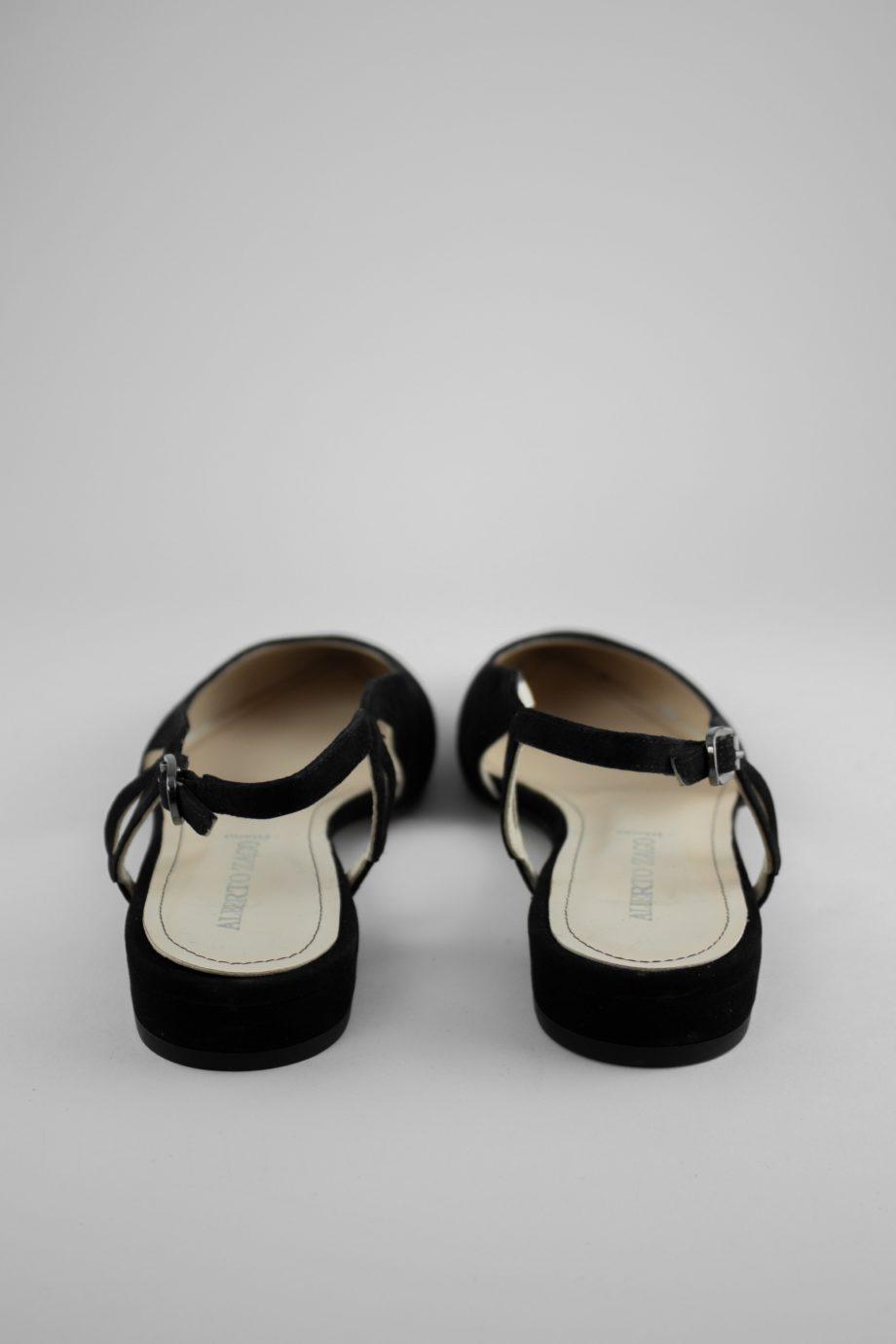 6. ALBETO ZAGO Black slingback