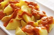 la-paella-tapas-bar-in-north-london-patatas-bravas