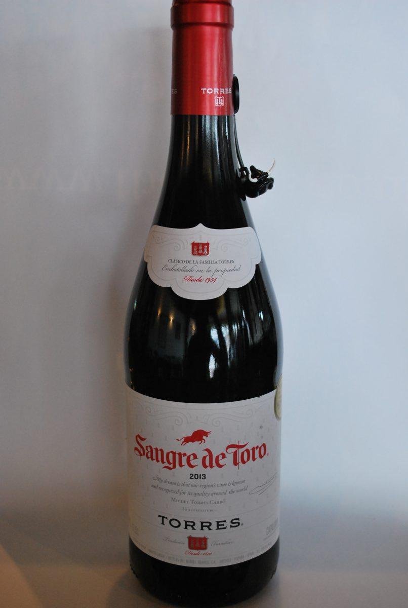 Torres Sangre De Toro (Penedes) half bottle