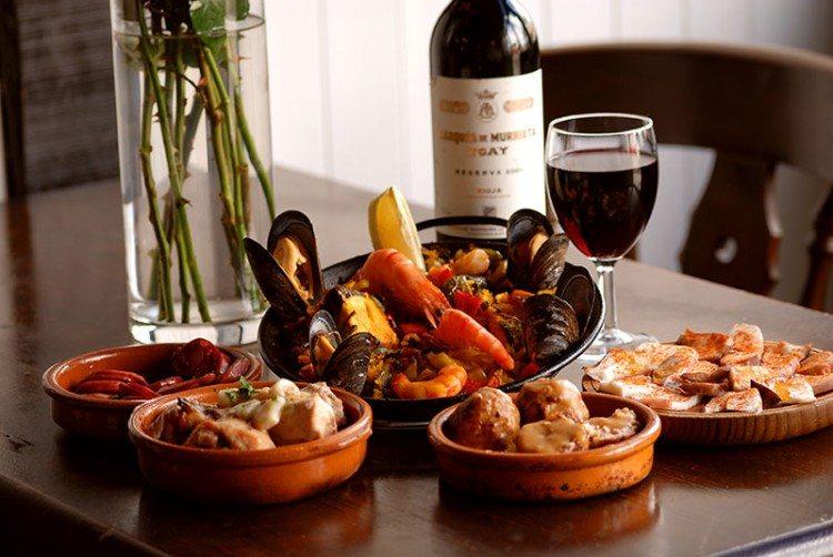 Chorizo al Vino Traditional