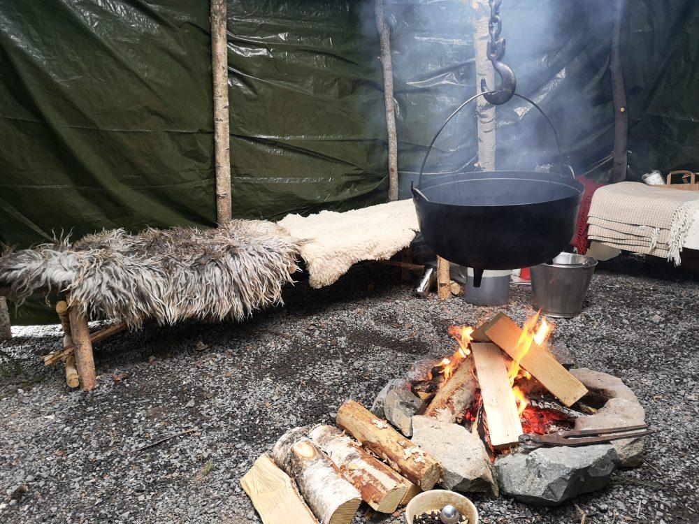 lappeteppet-julemarked-lørenskog-steinerskolen-granbarhytte-bål