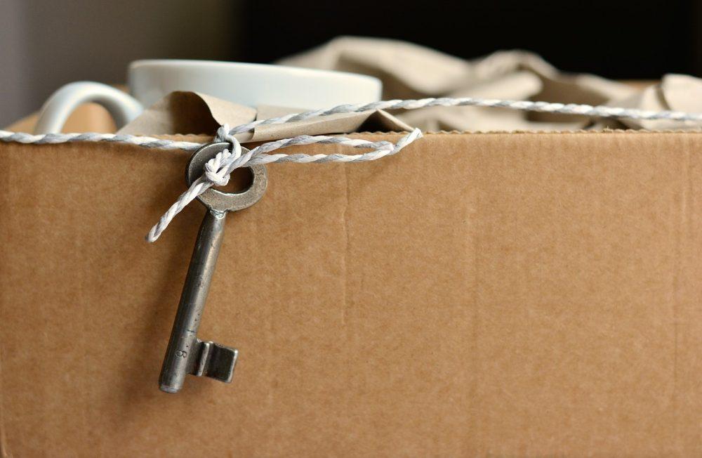 lappeteppet-stressfri flytting- eske- nøkkel