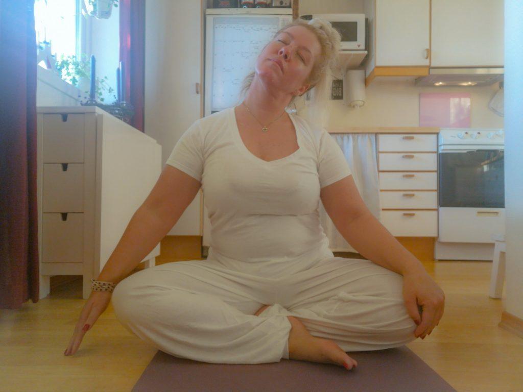 yoga, lappeteppet