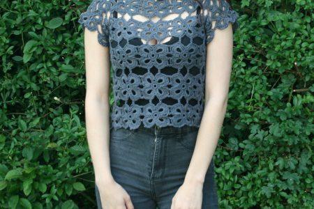blouse au crochet portée