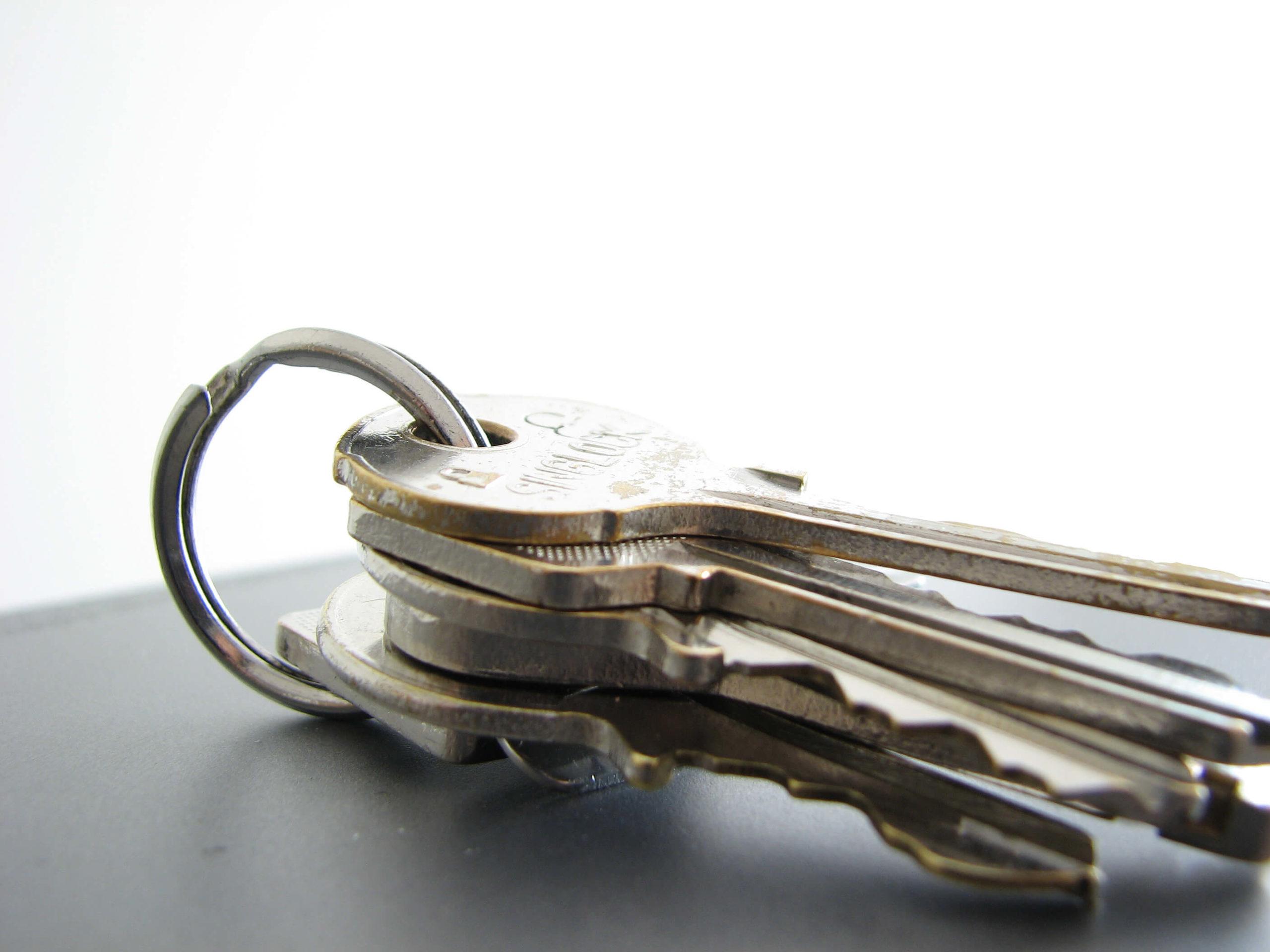 Hvad koster en låsesmed? Læs om vores låsesmed priser