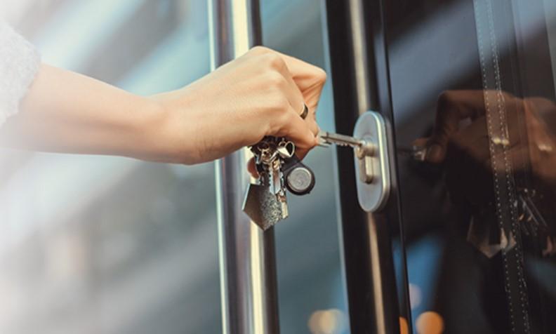 Låsesmed Østerbro til alt i låse og sikkerhed
