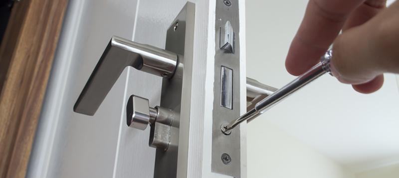 Låsesmed Nørrebro reparerer låse, læs vores låsesmed anmeldeler og bedømmelser