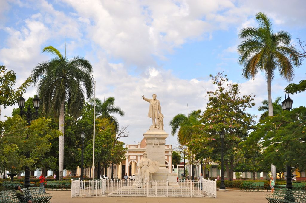 LatinA Tours Kuba Cienfuegos - Jose Marti, monument, Central Region, Cuba