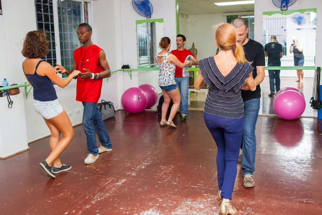 LatinA Tours Kuba Dancers - Tanzreise Kuba Salsa Havanna Dancer, Cuba, Salsa, Teaching, Course, Havana