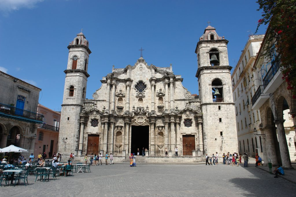 LatinA Tours Kuba Havanna - Cathedral, Church, City Tour, Occidental Region, Cuba