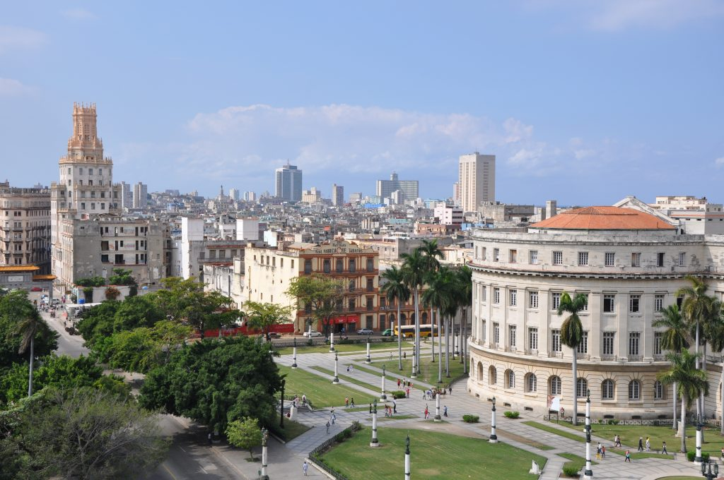 LatinA Tours Kuba Havanna - City, Tour, Excursion, Overview, Garden, Trip, Oldtown