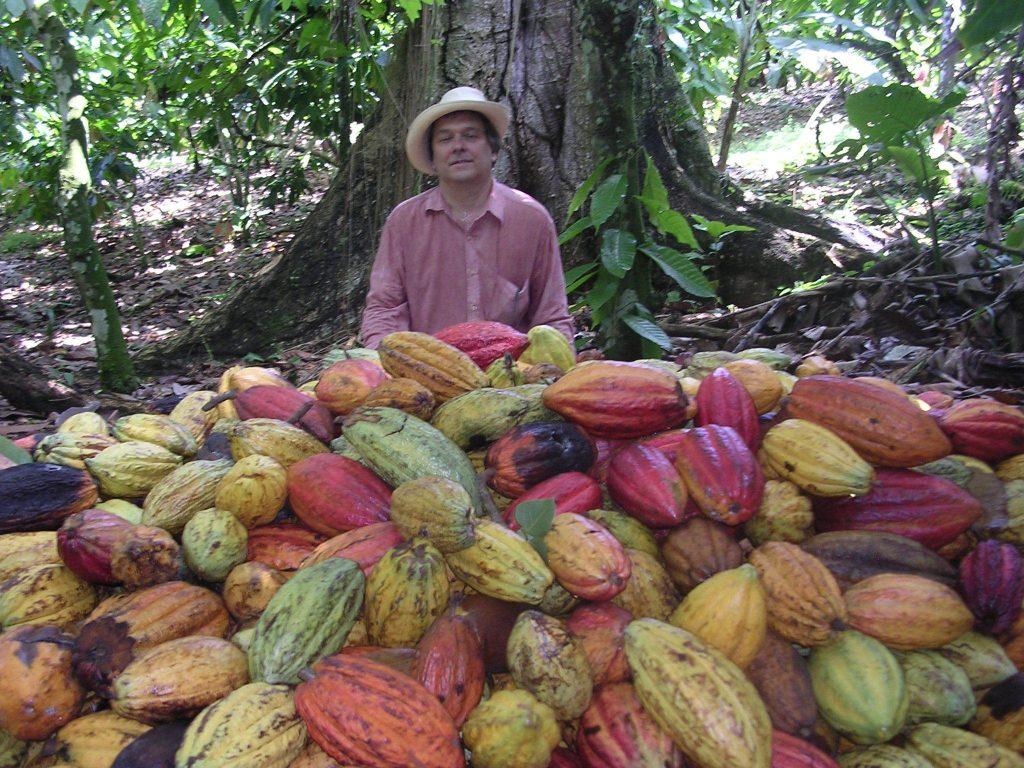 LatinA Tours Dominican Republic North-East - Sendero del Cacao, Fruits, Farmer, Growing, Man