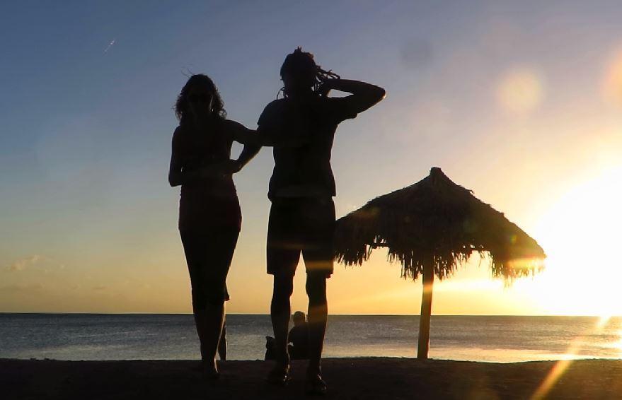 LatinA Tours Kuba Trinidad - Playa Ancon, Salsa Dancer, Beach, Ocean, Flora, Sunse