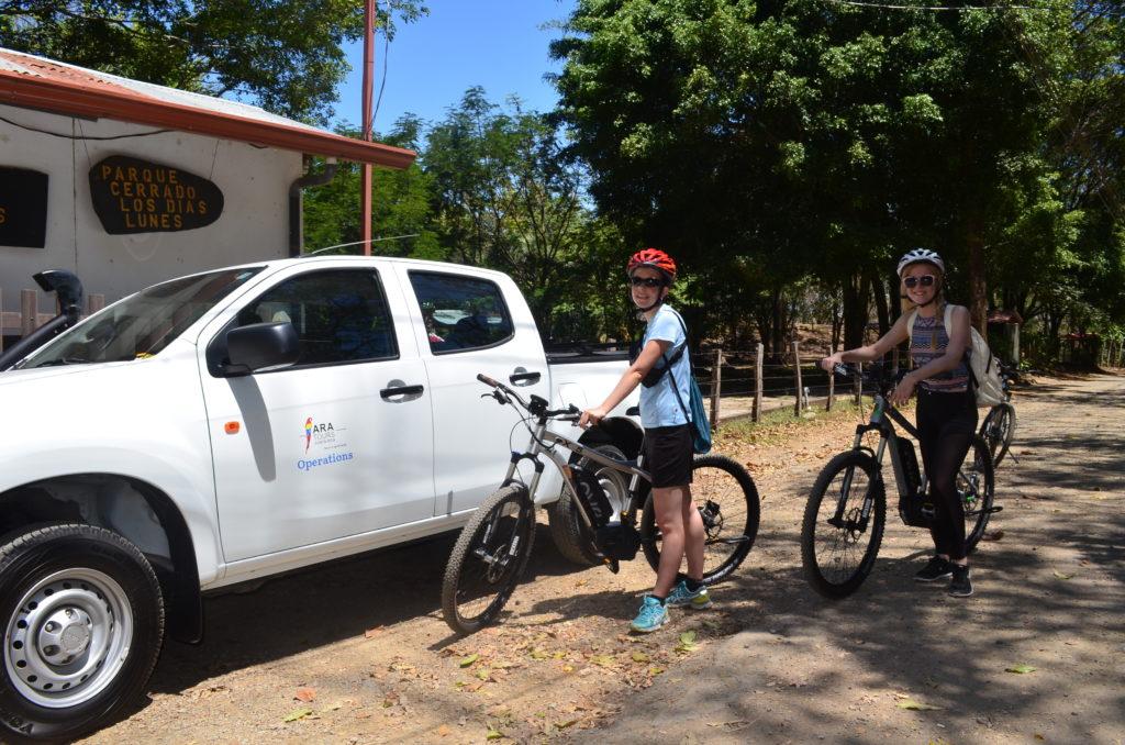 LatinA Tours Costa Rica E-Bike Begleitfahrzeug