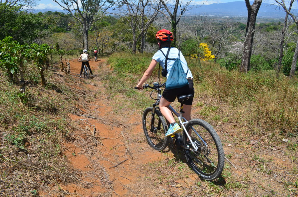 LatinA Tours Costa Rica E-Bike Offroad
