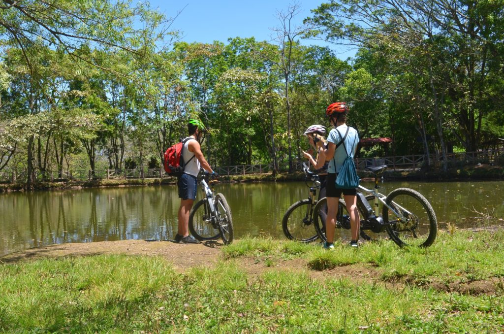 LatinA Tours Costa Rica E-Bike Seeblick