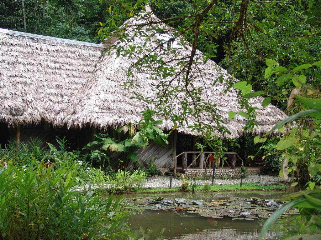 LatinA Tours Costa Rica Esquinas Lodge Hauptgebäude