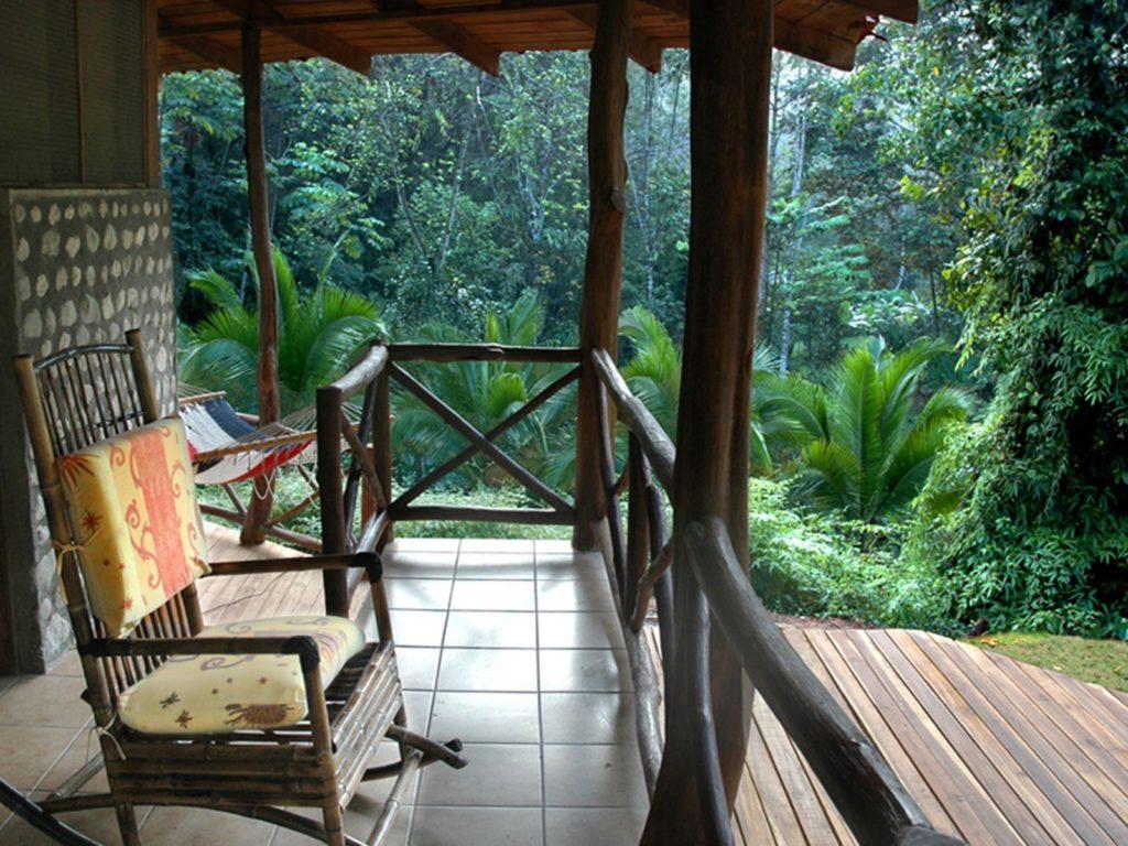 LatinA Tours Costa Rica Esquinas Lodge Terrasse
